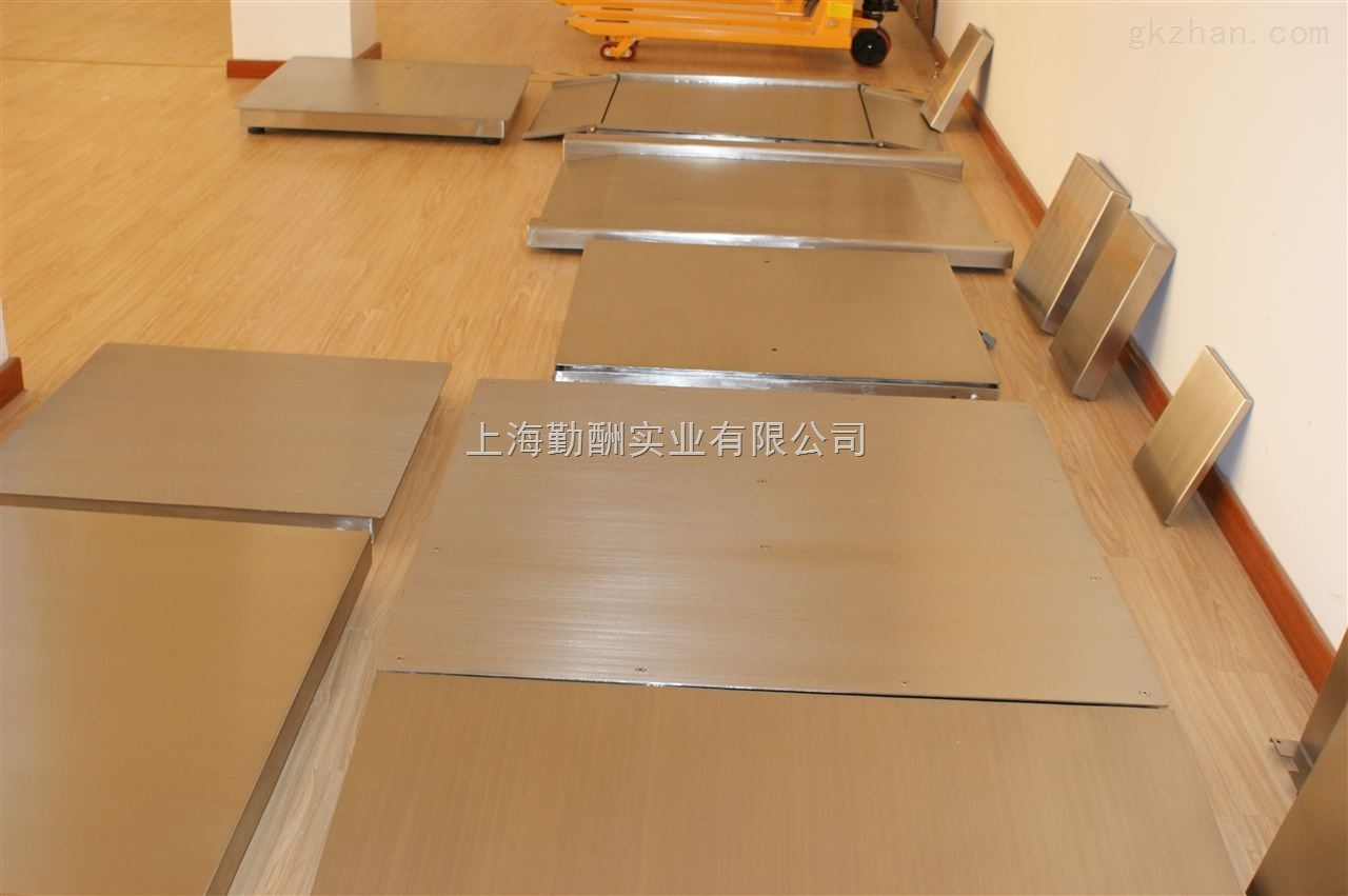 6mm厚花纹碳钢材质5吨电子磅秤,单层电子地磅