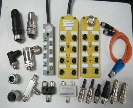 5针5孔90°弯头传感器总线插头种类有:M8、M12、M16、M23这些系列都有,有屏蔽的,也有不带屏蔽的
